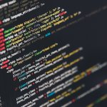"""<span class=""""title"""">プログラミングにおける「Go言語」とは?言語の特徴について解説!</span>"""